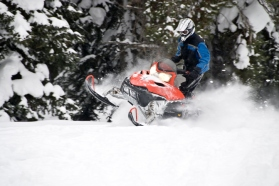snowmobile tours, cda snowmobile, snowmobile clubs, snowmobile vacations